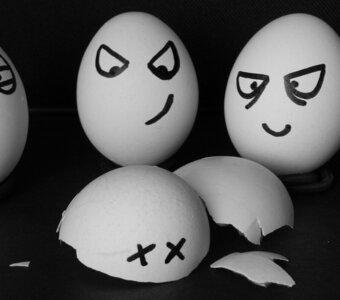 Een persoonlijke aanval in een discussie of debat is (soms) toegestaan. Ja, het mag dus!